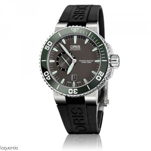Oris Aquis 01 743 7673 4137 RS Small Second Date