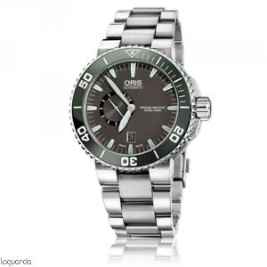 Oris Aquis 01 743 7673 4137 MB Small Second Date