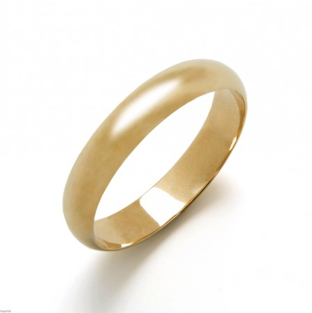 Wedding ring with yellow gold