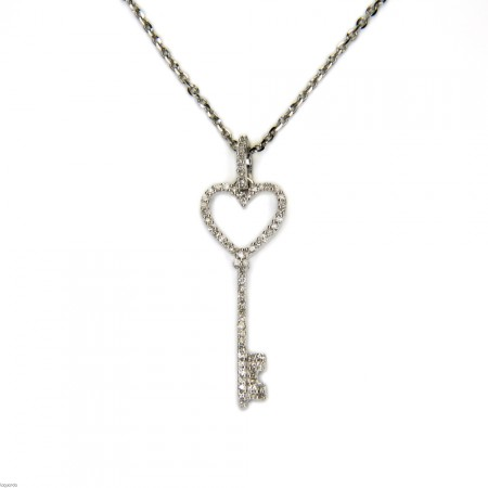 Key pendant in 18k white gold with diamonds