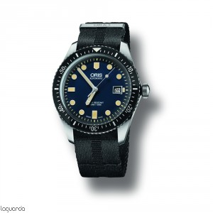 Oris Divers 01 733 7720 4055 5 21 26 FC Sixty-Five