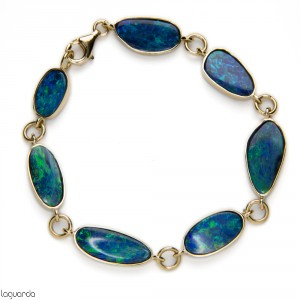 Bracelet yellow gold and Opal