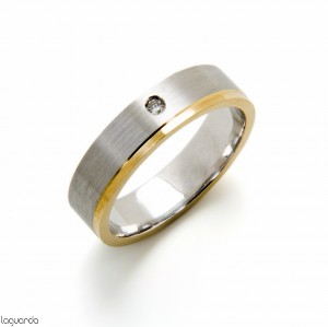 Wedding ring bicolor with natural diamond