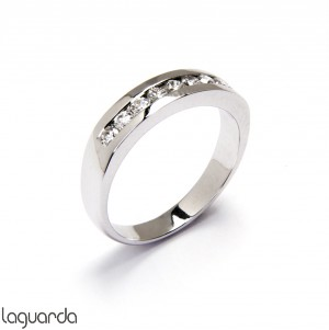 Wedding ring with white gold and 9 natural diamonds