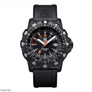 8821.KM - Luminox Recon Point Man 8820 Series